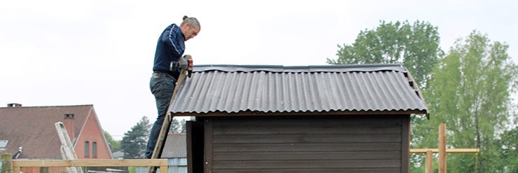 Will-a-Shed-Roof-Support-My-Weight