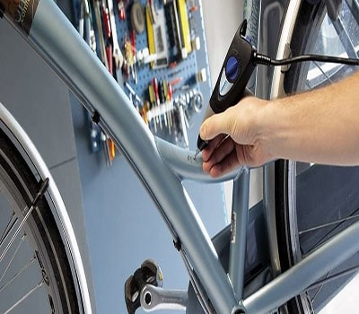 securing-bike-with-number
